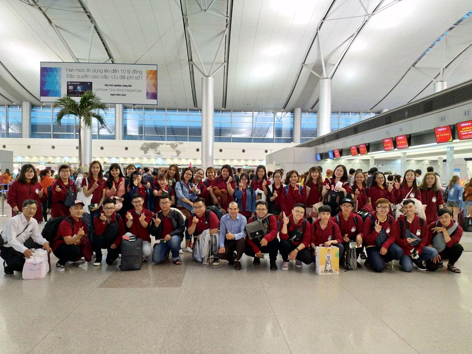 Lễ tiễn các sinh viên chương trình liên kết quốc tế 2+2 khóa 2016-2020 sang Đài Loan sinh sống và học tập giai đoạn 2.